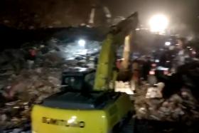四川泸州山体滑坡12人被埋:救出10人 其中3人遇难